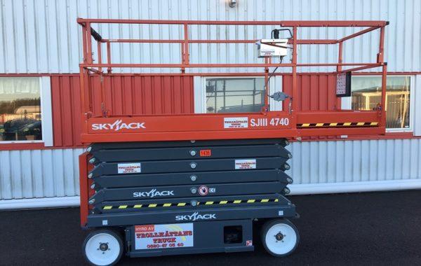 Saxlift 13,80m SkyJack 4740
