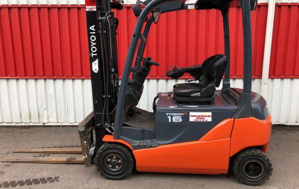 Motviktstruck el Toyota 8FBMT16 -2012