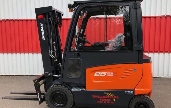 Motviktstruck el Doosan B25X-7 - fabriksny