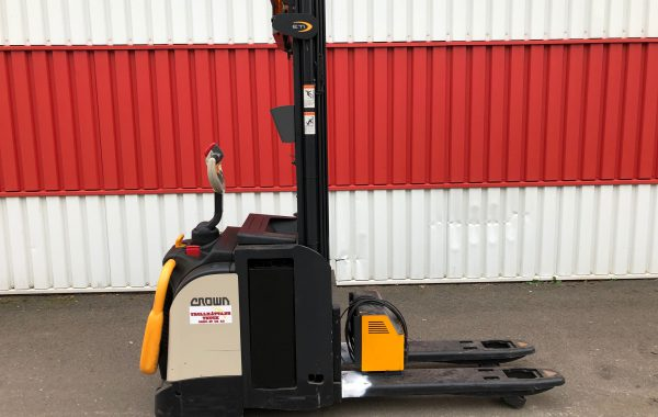 Crown ETi 4000 -1,4 ldriven staplare begagnad - 2013