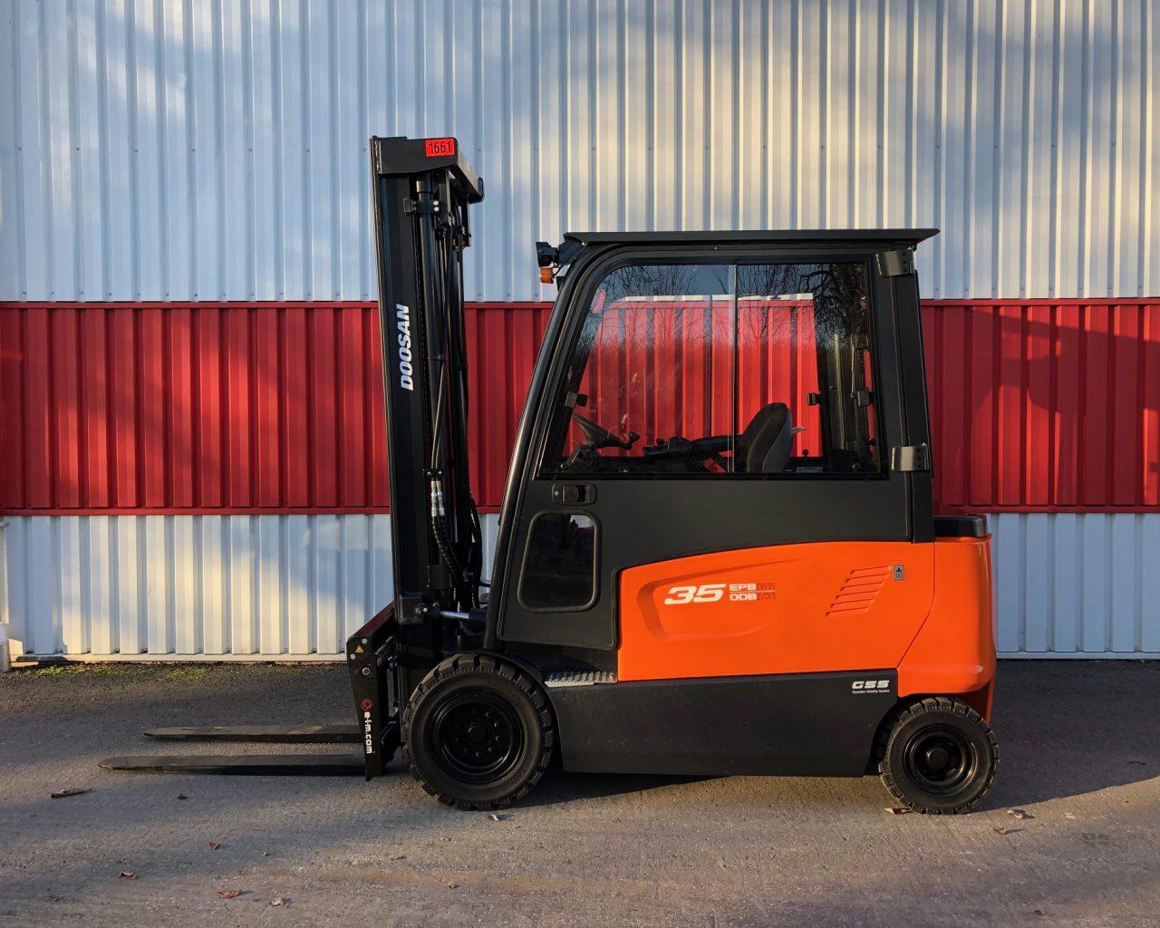 Motviktstruck el Doosan B35X-7 - fabriksny
