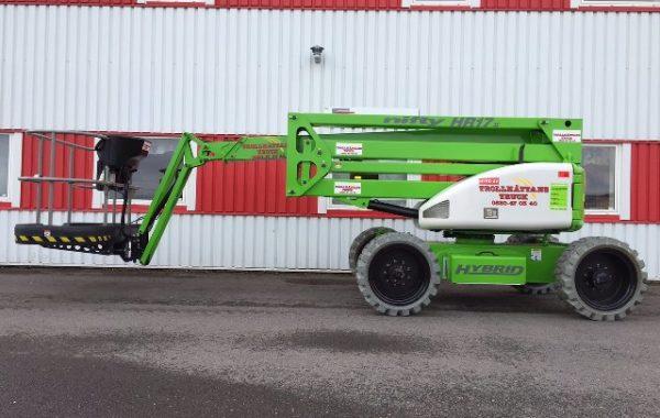 Bomlift 17,00m HR17 Hybrid 4×4